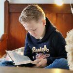 Waarom we Onze Kinderen Leren Stille Tijd te Houden